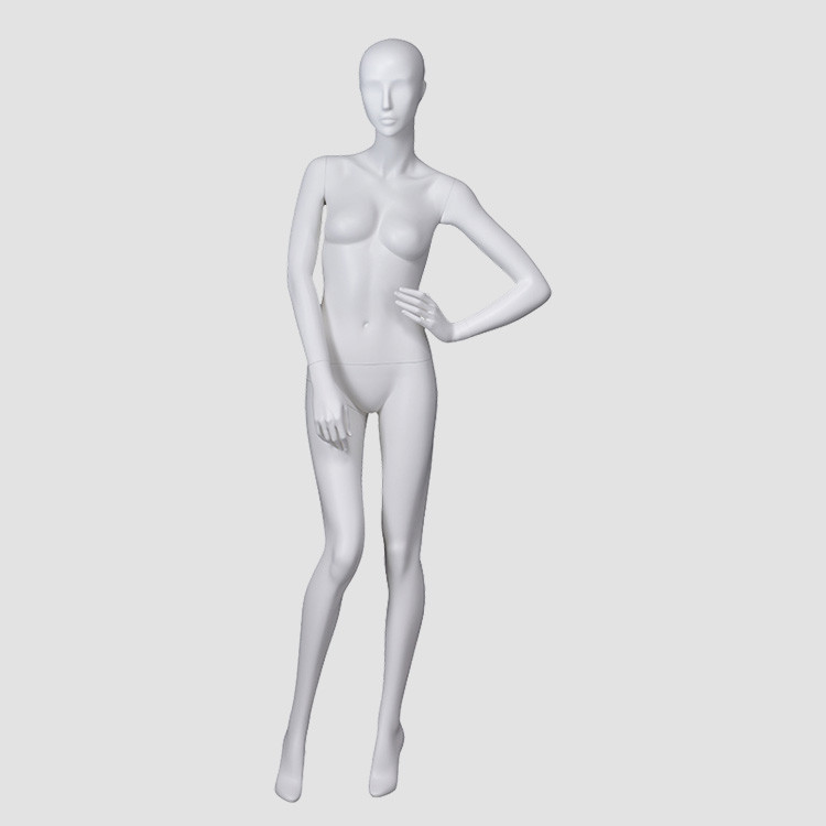 BW-1 Custom full body female mannequin for clothes display
