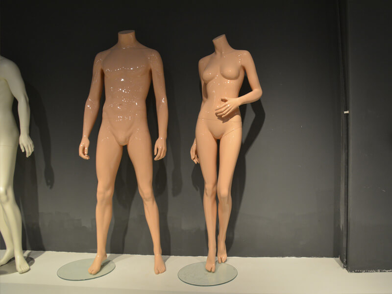 Headles  female and male mannequin