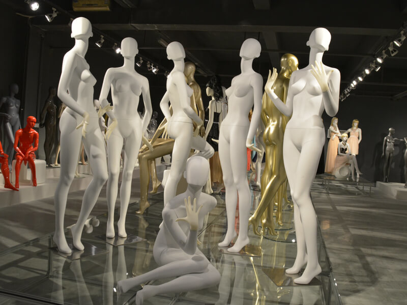 Fashion female abstract mannequin