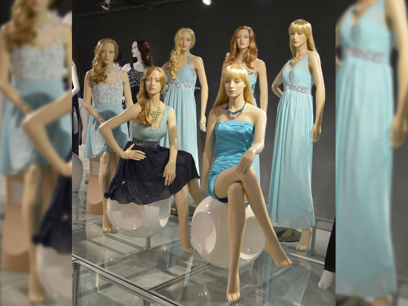 female make-up mannequin with wigs