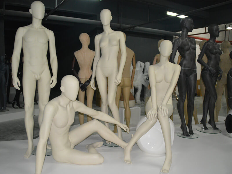 Matte white female and male mannequin