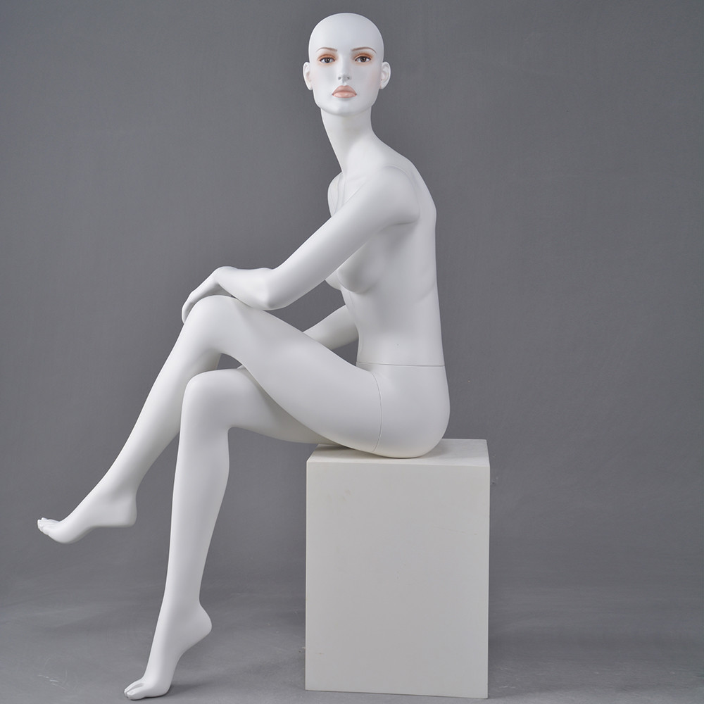 Dior-6 Wholesale Euro fashion female sitting posing mannequin for window display